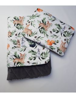 Komplet KOC light 75x100 cm poduszka 30 x 40 cm Jelonki lesne zwierzątka Velvet pikowany caro kolor szary