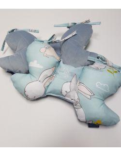 Poduszka Motylek Cut Hares z velvet dusty blue pikowany caro