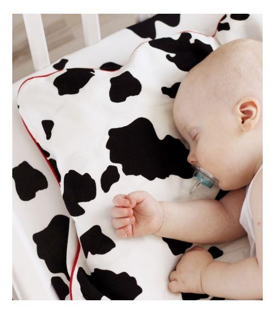 Bambusowa poszewka na poduszkę - Krowa