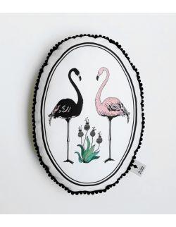 Poduszka dekoracyjna La Lune z pomponikami - Flamingi