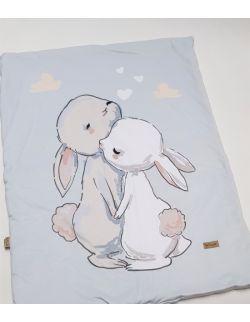 Komplet do łóżeczka Cut Hares - kocyk, poduszka, ochraniacz z velvet szaro-niebieski pikowany caro