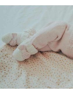 By Royal Baby Wełniane buciki niemowlęce Sweet Pink Handmade
