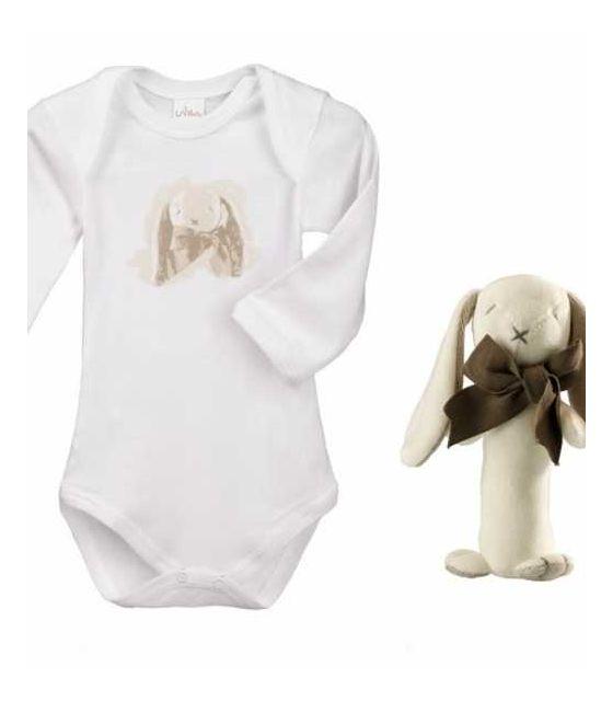 Króliczek Ears stick zestaw prezentowy z 100% certyfikowanej bawełny organicznej body Lait Baby i grzechotka Maud N Lil- 3 mce