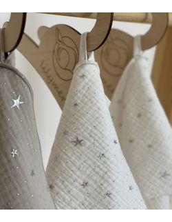 Ręcznik muślinowy- biały gwiazdki