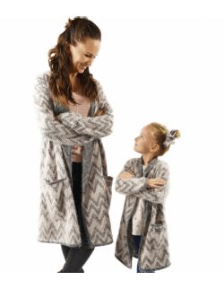 włochacze długie swetry dla mamy i córki szary z delikatnym różem