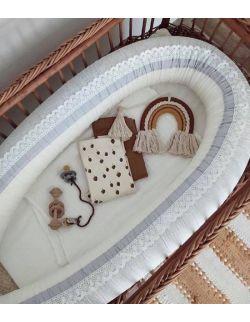 Kokon niemowlęcy szare wzorki z koronką