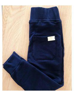 dresowa bawełniane spodnie chłopięce granatowe
