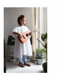 Biała sukienka z motylkowym rękawkiem