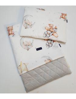 Komplet Misie lecą spać light 75x100 cm poduszka 30 x 40 cm z ultra softi Velvet jasno szary pikowany caro