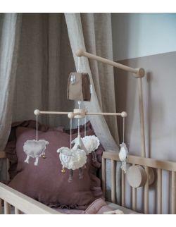 Owieczki – karuzela do łóżeczka z obrotową pozytywką