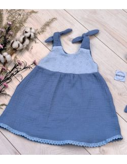 Sukienka Muślinowa z koronką niebieska