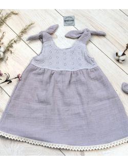 Sukienka Muślinowa z koronką Szara