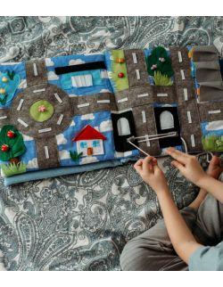 TimoSimo Książeczka książka sensoryczna dla chłopca 3+