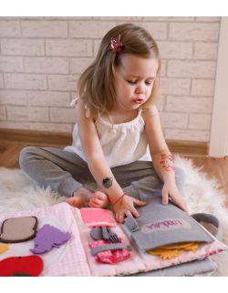 TimoSimo Książeczka sensoryczna Quiet book dla dziewczynki 3+