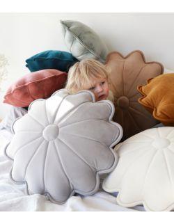 poduszka dekoracyjna dla dzieci kwiatek STOKROTKA duża
