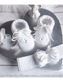 Białe buciki niemowlęce dla dziewczynki z kokardką