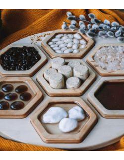 Plaster Gucia THE BEEJOY (7 paneli sensorycznych MINIJOY) + taca sensoryczna