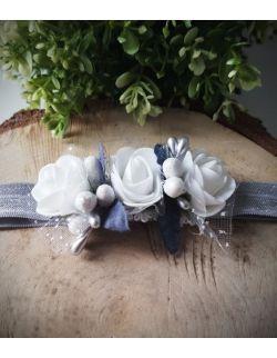 Opaska Wianuszek Białe Róże na Szarej Gumce