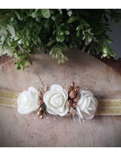 Opaska Wianuszek Białe Róże na Złotej Gumce