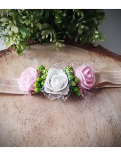 Opaska Wianuszek Biała i Różowe Róże na Beżowej Gumce