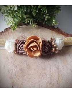 Opaska Wianuszek Brązowe i Białe Róże na Złotej Gumce