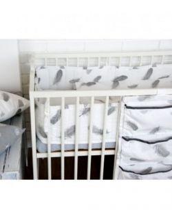 Ochraniacz do łóżeczka w piórka