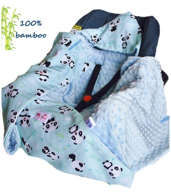 Kocyk do fotelika Bambusowy Panda & kropki niebieskie