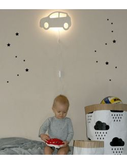 Drewniana lampka nocna - Autko