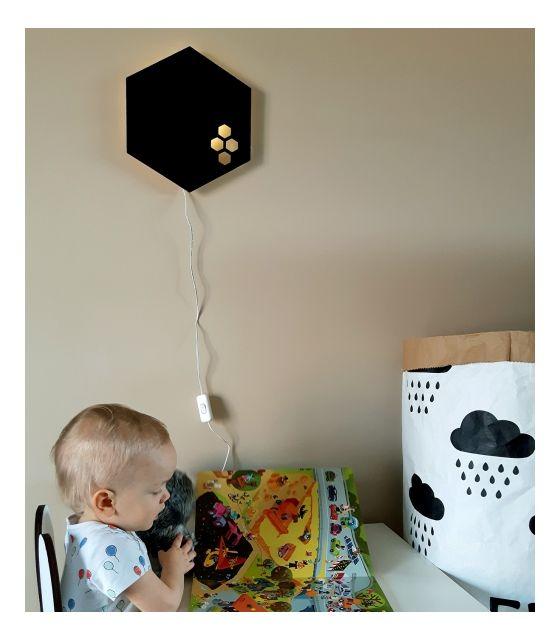 Ścienna nocna lampka LED - Heksagon czarna