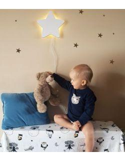 Drewniana lampka nocna - gwiazdka POLA biała