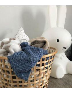 Mięciutki i delikatny kocyk tkany dla niemowląt i dzieci- niebieski