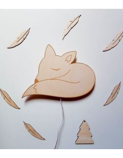 Drewniana lampka nocna - Śpiący lisek