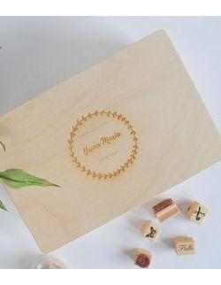 Memory box - pudełko wspomnień z metryczką - wianuszek