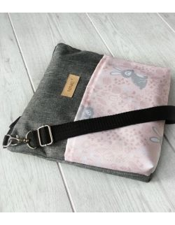 wodoodporna torebka dla dziewczynki Ninki® (króliczki na różowym tle)