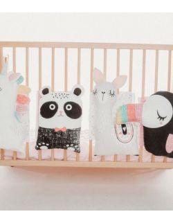 Zwierzaki podusiaki, ochraniacze do łóżeczka, poduszka i dekoracja pokoiku 3 w 1