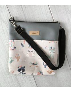 torebka dla dziewczynki Ninki® ekoskóra (indiańskie zwierzątka na różowym tle) szary